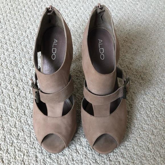 New Aldo Peep Toe Pumps Heels Brown Suede Sz 9